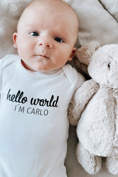 "Baby-Strampler ""Hello World"""